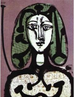 Kobieta z zielonymi włosami